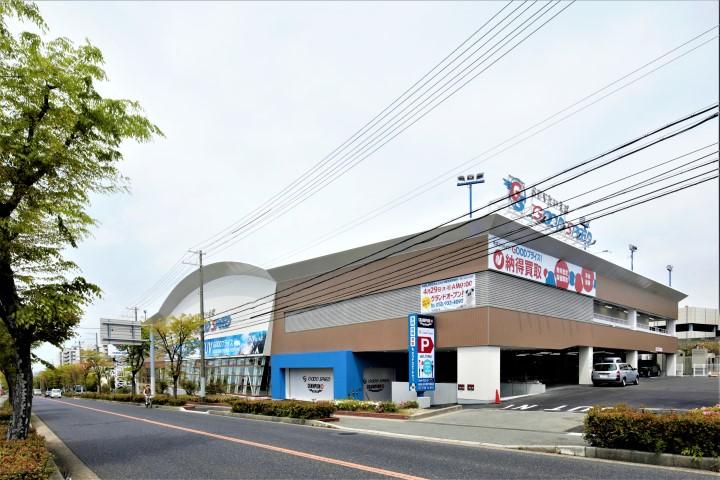 MEGA SUV神戸大蔵谷店 店舗画像